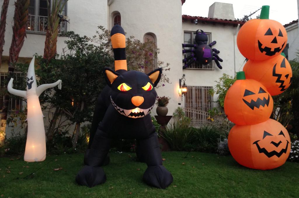 halloweenyard2