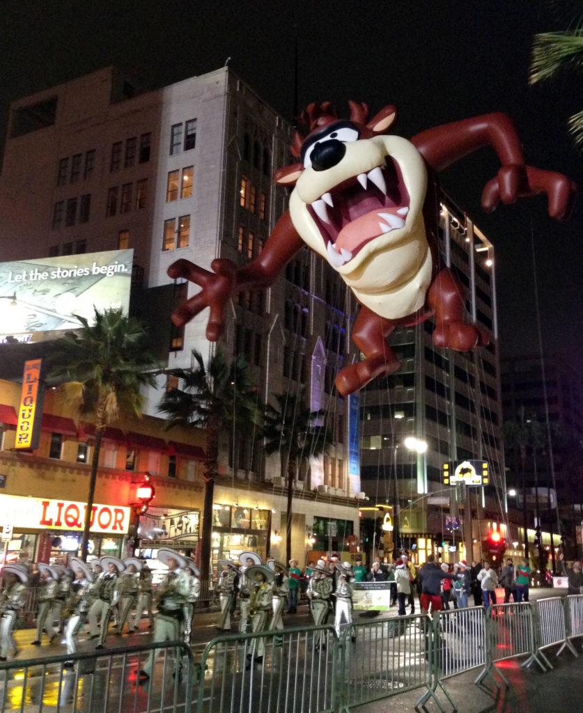 hollywood xmas parade hollywood scenes la scenes